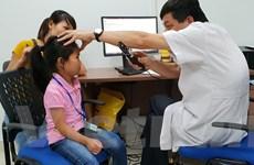 Khám, phẫu thuật mắt miễn phí cho trẻ em nghèo ở Tuyên Quang