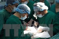 Vietnam Airlines ký thỏa thuận hỗ trợ vận chuyển mô tạng cấy ghép