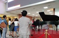 [Photo] Bệnh nhân thư giãn trong không gian âm nhạc hàng ngày
