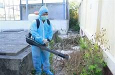 Phun hóa chất diệt muỗi tại vùng có nguy cơ bùng phát dịch