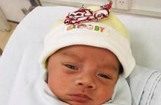 Bé trai suy hô hấp sơ sinh bị bỏ rơi chỉ sau 1 ngày chào đời