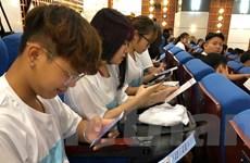 Hà Nội: Hàng nghìn sinh viên cùng ký cam kết không hút thuốc lá