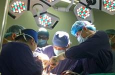 Phẫu thuật cùng lúc 5 vị trí gãy xương cho bệnh nhân bị tai nạn