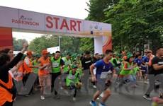 2.000 người tham gia giải chạy vì người bệnh Parkinson tại Hà Nội