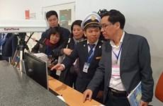 Kiểm tra phòng chống bệnh viêm phổi cấp ở sân bay Nội Bài