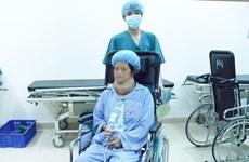 Phẫu thuật cắt bỏ thành công khối bướu giáp khổng lồ cho một phụ nữ