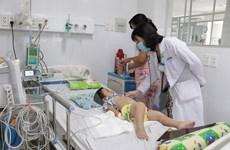Bệnh tay chân miệng thành dịch lớn nếu không kiểm soát kịp thời