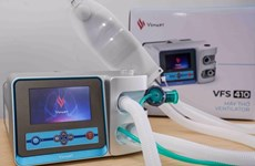 Vingroup tặng 1.700 máy thở xâm nhập, hoá chất để phòng chống COVID-19