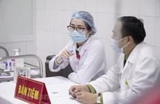 Tiếp tục tiêm vắcxin Nano Covax mũi thứ 2 cho 20 tình nguyện viên