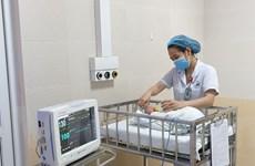 Anh Quốc hỗ trợ thiết bị hiện đại chăm sóc trẻ sơ sinh tại Hà Nội