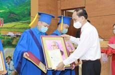 Bổ sung 106 bác sỹ trẻ về công tác tại 40 huyện nghèo, vùng khó khăn
