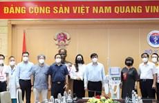 Bộ Y tế tiếp nhận 34 máy thở phục vụ hồi sức tích cực từ Tập đoàn TH