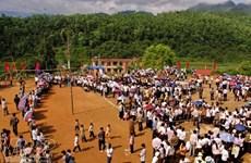 Ngày Xuân vui hội ném còn của đồng bào dân tộc Thái