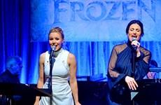 """Các diễn viên lồng tiếng """"Frozen"""" hát lại ca khúc trong phim"""