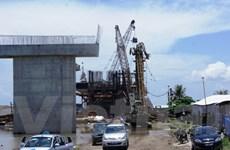 Sập cần cẩu thi công đường ôtô cao tốc Hà Nội-Hải Phòng