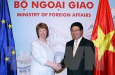 Phó Thủ tướng Phạm Bình Minh hội đàm với Phó Chủ tịch EC