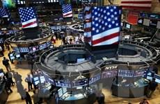 Chứng khoán toàn cầu khởi sắc, S&P lần đầu vượt 2.000 điểm