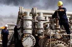 Tình trạng dư cung liên tiếp đẩy giá dầu thế giới đi xuống