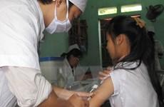 Lào Cai: 19 học sinh nôn sau tiêm vắcxin sởi-Rubella là do sợ tiêm