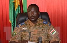 """Quân đội Burkina Faso cam kết """"trả quyền lực"""" cho chính quyền dân sự"""