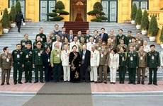 Phó Chủ tịch nước tiếp đoàn đại biểu cựu chiến binh Trung đoàn 174