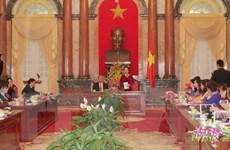 Phó Chủ tịch nước Nguyễn Thị Doan gặp mặt các nữ doanh nhân