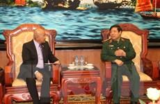 Đại tướng Phùng Quang Thanh tiếp Thứ trưởng Quốc phòng Philippines