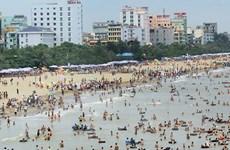 Sầm Sơn thực hiện 9 có, 9 không trong Mùa du lịch biển 2015