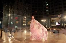 Đẹp Fashion Runway 4 - Nghệ thuật của sự phản chiếu