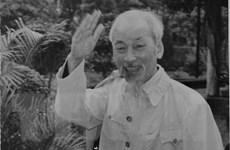 Báo chí Lào đưa tin trang trọng về kỷ niệm 125 năm sinh nhật Bác