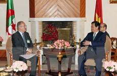 Thủ tướng tiếp Chủ tịch Hội Hữu nghị Algeria-Việt Nam