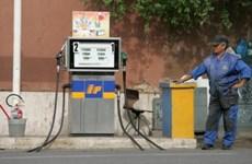 Mặc cho dầu thế giới giảm, giá xăng ở Italy cao thứ tư thế giới