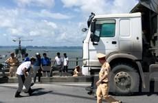 Tai nạn giao thông nghiêm trọng trên cầu Bãi Cháy, 2 người tử vong