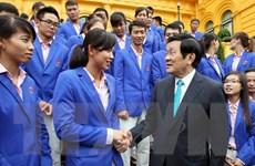 Chủ tịch nước gặp mặt đoàn thể thao Việt Nam dự SEA Games