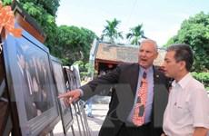 Quan hệ Việt-Mỹ và nước Mỹ qua ống kính nhiếp ảnh gia Việt Nam