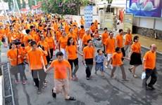 Gần 8.000 người đi bộ đồng hành vì nạn nhân chất độc da cam