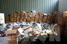 Hà Nội: Thu giữ gần 4.000 sản phẩm giả nhãn hiệu The North Face