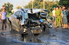 Đắk Nông: Xe 4 chỗ đối đầu xe tải, 2 cảnh sát giao thông tử vong