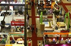Hàng thời trang, thực phẩm Hàn Quốc chất lượng cao đổ bộ TPHCM