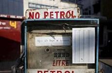 Trung Quốc thay thế Ấn Độ làm nhà cung cấp dầu mỏ cho Nepal