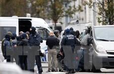 Cảnh sát Bỉ truy lùng hai đối tượng nghi can khủng bố ở Brussels