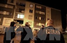 Cảnh sát Pháp thực hiện gần 300 vụ bắt giữ sau khủng bố 13/11