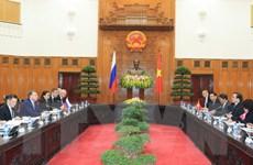 Phó Thủ tướng Hoàng Trung Hải hội đàm Phó Thủ tướng Nga Shuvalov