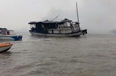 Cháy tàu du lịch chở khách nước ngoài tham quan Vịnh Hạ Long