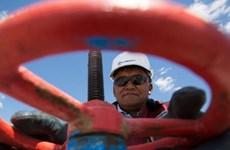 Sự kiện quốc tế tuần 15-21/2: Thỏa thuận lịch sử về khai thác dầu mỏ