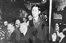 Trao tặng nhiều phim tài liệu quý về Chủ tịch Hồ Chí Minh