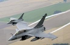 Pháp ký bản ghi nhớ bán 24 máy bay chiến đấu Rafale cho Qatar