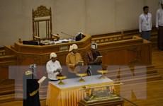 Myanmar: Tổng thống đắc cử Htin Kyaw tuyên thệ nhậm chức