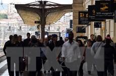 Giao thông công cộng tại Pháp hỗn loạn do bãi công tiếp diễn