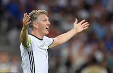 Tình yêu có khỏa lấp nỗi buồn của Schweinsteiger?